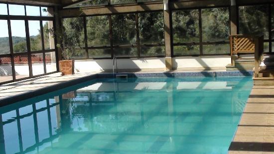 Prodigy Hotel Alpenhaus Gramado: Piscina aquecida