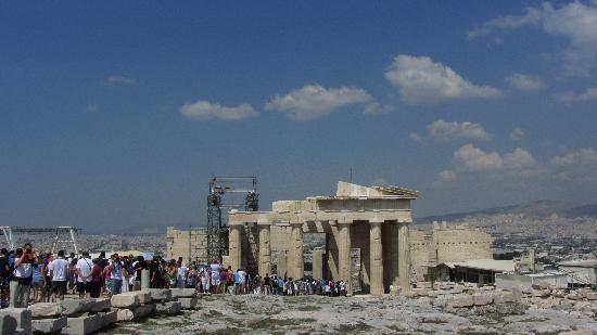 """Greece Athens Day Tours: The line to leave """"the rock"""""""