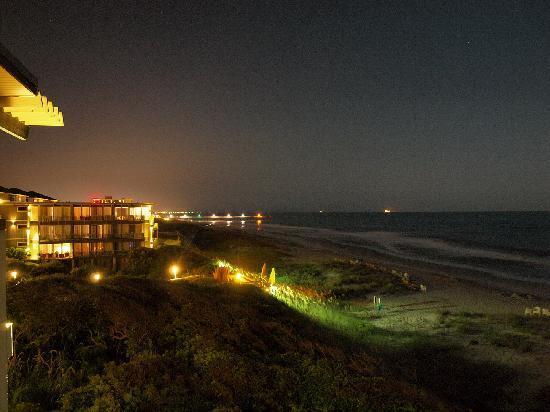 Atlantis Lodge en soirée
