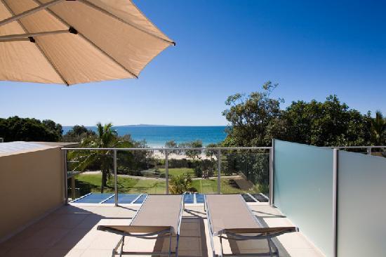 Maison Noosa - Luxury Beachfront Resort: 1 Bedroom Ocean View private roof deck
