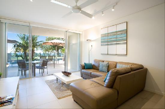 Maison Noosa - Luxury Beachfront Resort: 1 Bedroom Deluxe - Pool Deck level