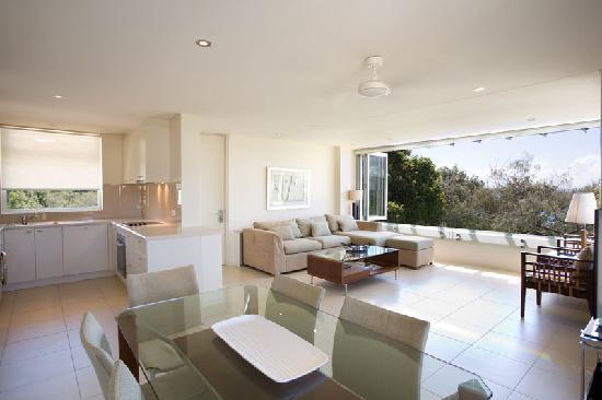 Maison Noosa - Luxury Beachfront Resort: 2 Bedroom Beachfront Apartment