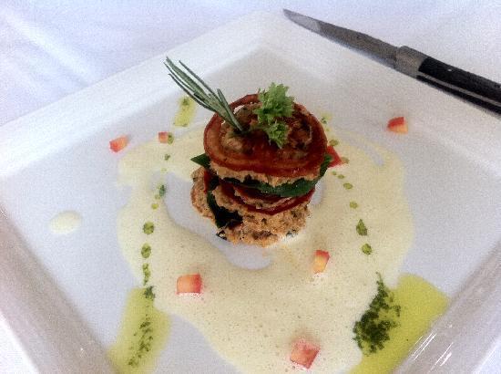La Villa French Restaurant : Appetizer - red mullet & crabmeat briandade