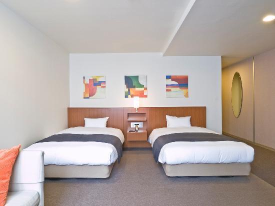 Hotel Tohkai: ツインルーム 限定2ルームのみ!セミダブルベッドサイズでご用意。