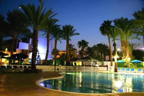 Caesar Premier Eilat : In the Evening