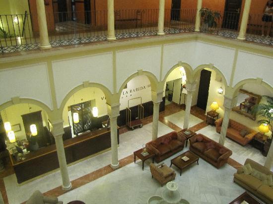โรงแรมวินชีลาราบิดา: hall dell'hotel
