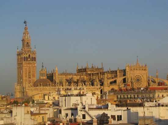 โรงแรมวินชีลาราบิดา: eccezionale veduta della cattedrale dalla terrazza al quinto piano