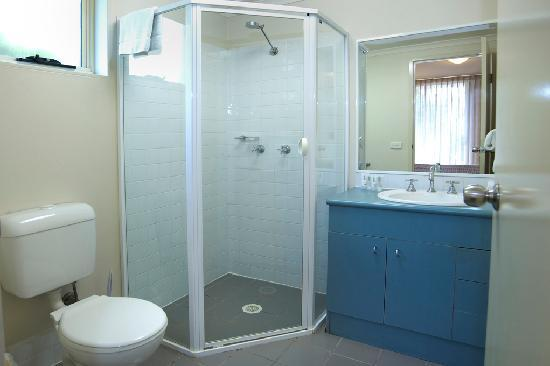 APX Apartments Parramatta: Bathroom