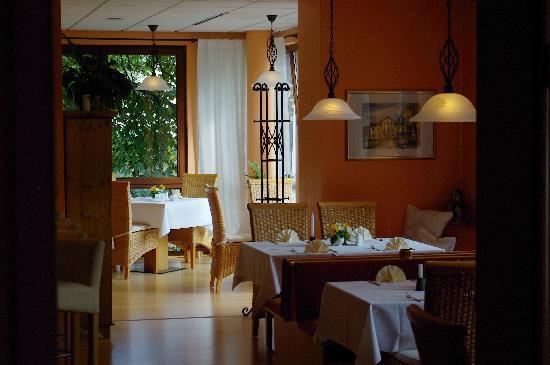 Restaurant Lilienstein im Waldparkhotel: Restaurant Lilienstein
