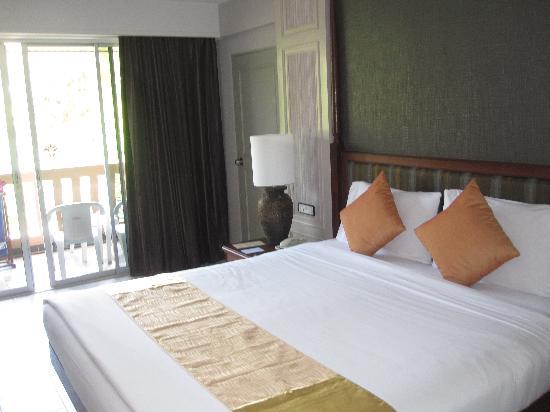 Phuket Orchid Resort & Spa: our room