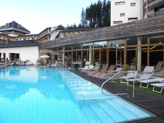 Falkensteiner Club Funimation Katschberg: area piscine esterne acua dolce e acqua salata