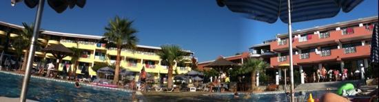 Caretta Beach Hotel Photo