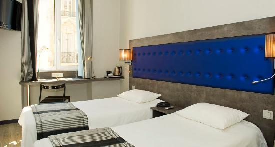 Hotel Carre Vieux Port Marseille : Chambre twin douche - Hotel Carré Vieux Port