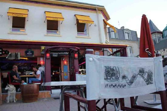 Restaurant Le Charleston Saint Aubin Sur Mer