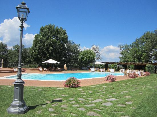 Il Castellaro Country House: piscina