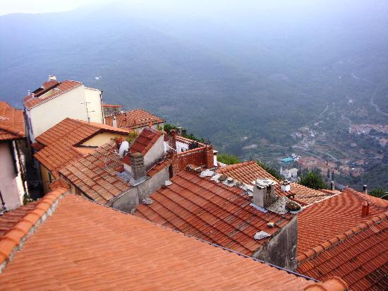 Borgata Castello: I tetti del paesino