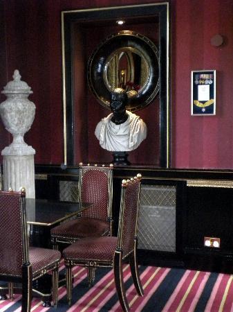 Prestonfield: The dining room