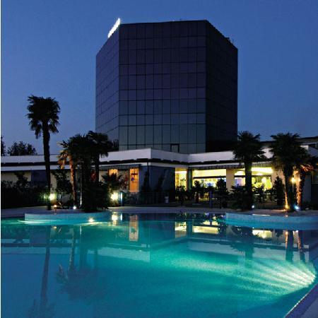 Antares Hotel: Exterior view
