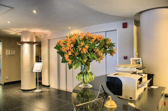 Astoria Hotel Antwerp: Reception