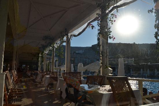Voyage Torba: Vu du restaurant principale