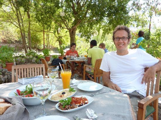 Sarnic : me in the garden