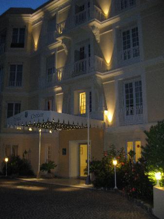 Hotel Carlton Beaulieu: l'hotel