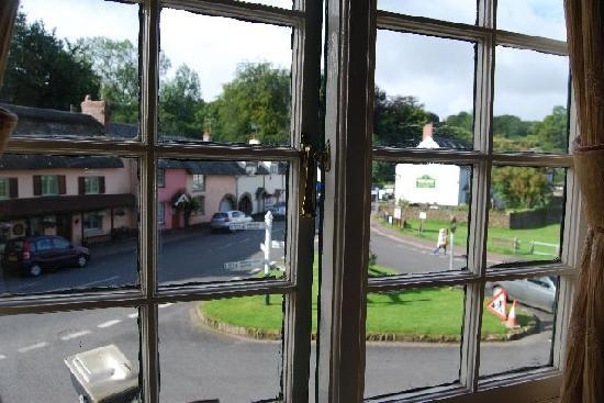 The Crown Hotel, Exford: Vista dalla stanza