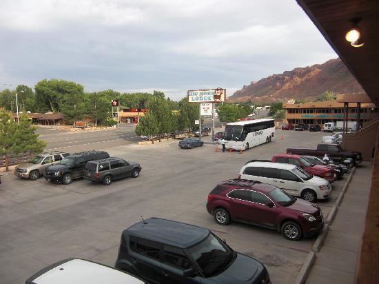 Big Horn Lodge: Blick aus dem Motel -1. Stock