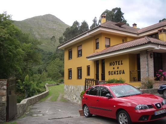 Hotel Benzua: hotel