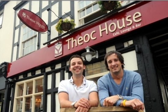 Tewkesbury, UK: Simon & James welcome you to Theoc House