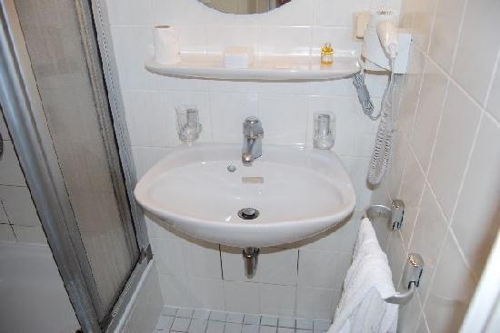 Hotel-Restaurant De Klenge Casino : Sala da bagno