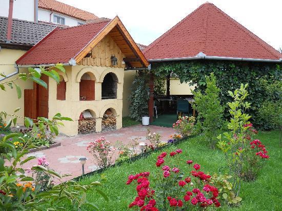 Pensiunea Magnolia Sibiu : terrace+grill