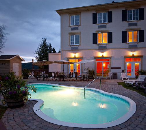 Photo of Comfort Inn & Suites Mont Tremblant