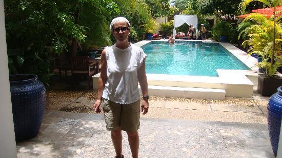 โรงแรมเดอะพาวิเลียน: la piscina
