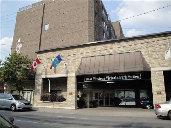 Best Western Plus Ottawa Downtown Suites: L'entrée principale de l'hôtel
