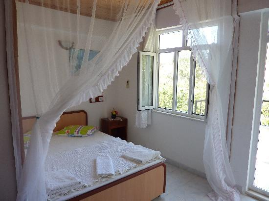 Akay Pension : our room