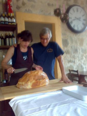 Agriturismo il Corbezzolo: prosciutto in crosta : con Fiamma e Fabrizio