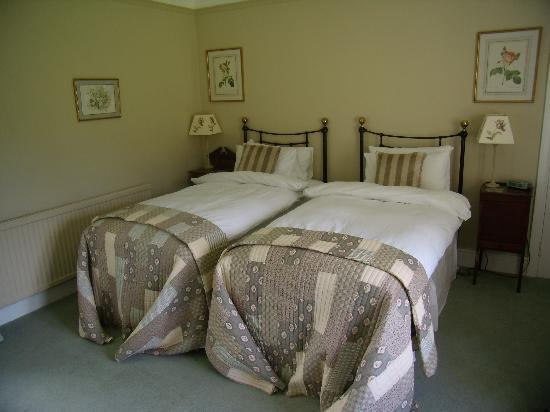 Crockerton House: Our room, set up as a twin.