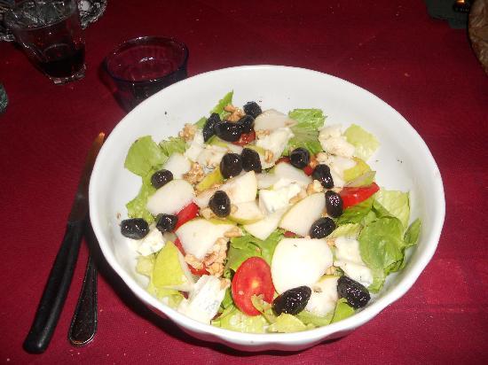 Osteria La Pace: L'insalata Radicchio zola,noci e pere