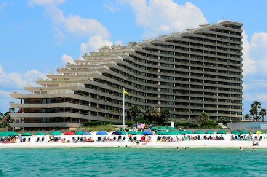 Edgewater Beach Condominium: The view of our building from the beach