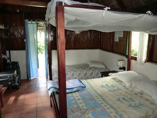 Lakana Hôtel : the bedroom