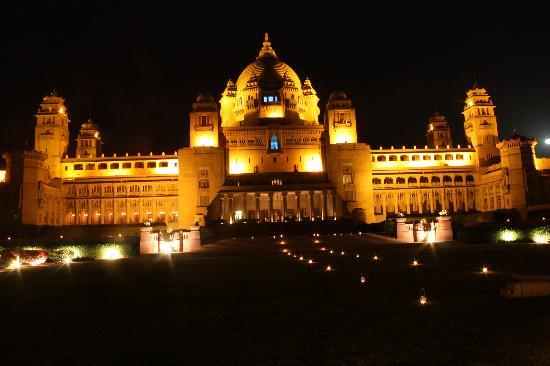 Umaid Bhawan Palace Jodhpur: Rear, night