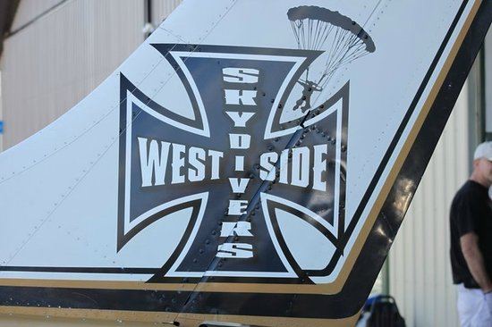 West Side Sky Divers Logo