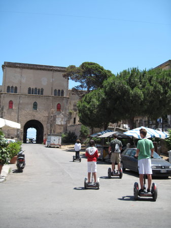 CSTRents - Palermo Segway PT Authorized Tour