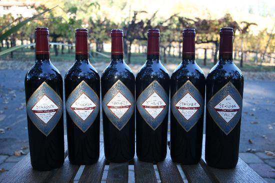 Von Strasser Winery : Our award-winning Cabernet line-up