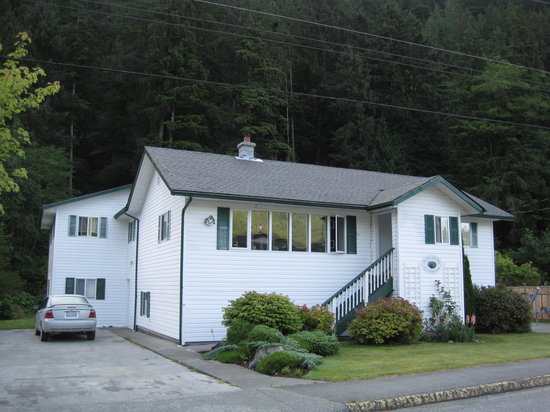 Nootka Gold B&B in Tahsis