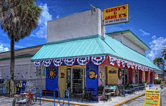 Ginny's and Jane E's Cafe and Coastal Store