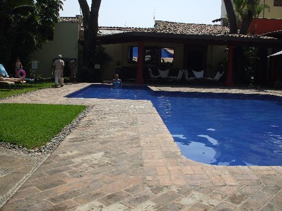 Hotel Casa Colonial: Out door pool at casa colonial