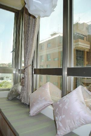 Jiashi Haoshi Guesthouse Serviced Apartment : Bright view