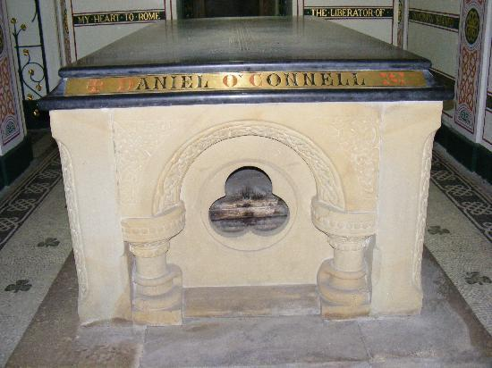 Glasnevin Cemetery Museum: Crypt of Daniel  O'Connell